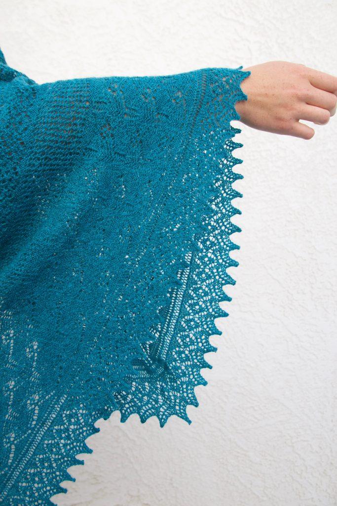 Sirena shawl by Carlos Valentin III